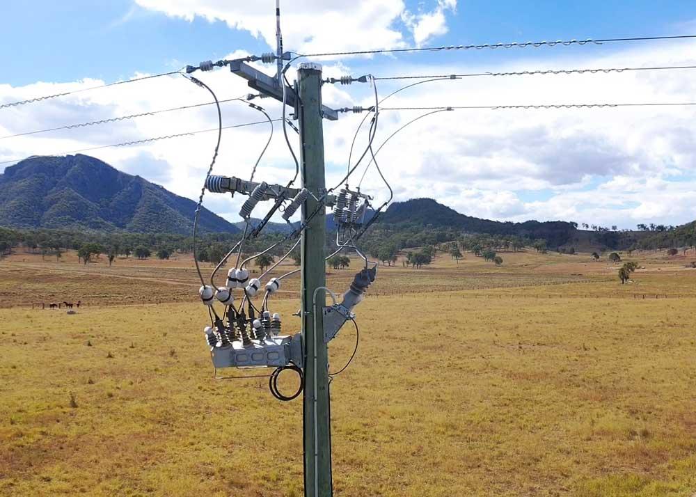 NOJA Power Lanza el algoritmo Cos Phi de falla a tierra en el controlador del Reconectador OSM