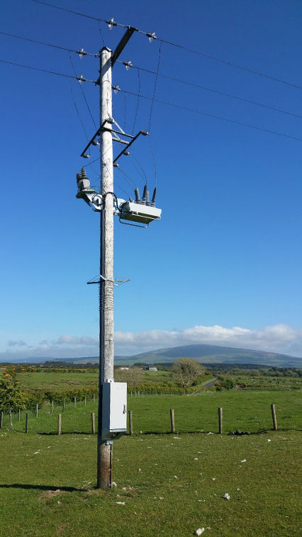 Instalación de Reconectador OSM en Ballycastle, Norte de Irlanda