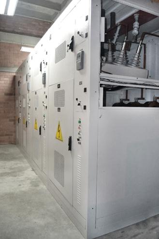 Banco de Capacitores conmutado instalado en Colombia con cuatro Reconectadores NOJA Power
