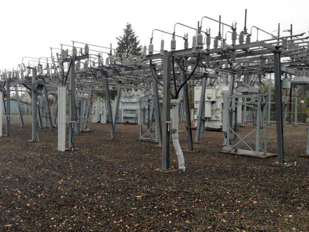 4 alimentadores de 20 kV. Un reconectador NOJA Power OSM por alimentador